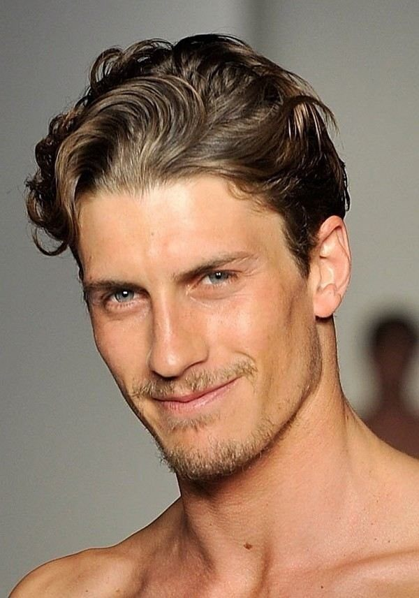 Short Wavy Hairstyles Men Images & Pictures - Becuo