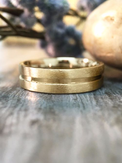 Modern Gold Mens Rings
