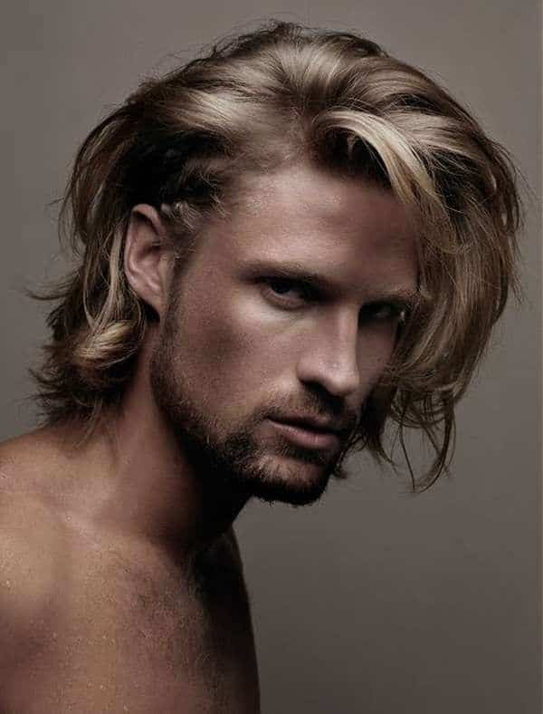 Stylish Messy Style for Men with Shoulder-Length Hair