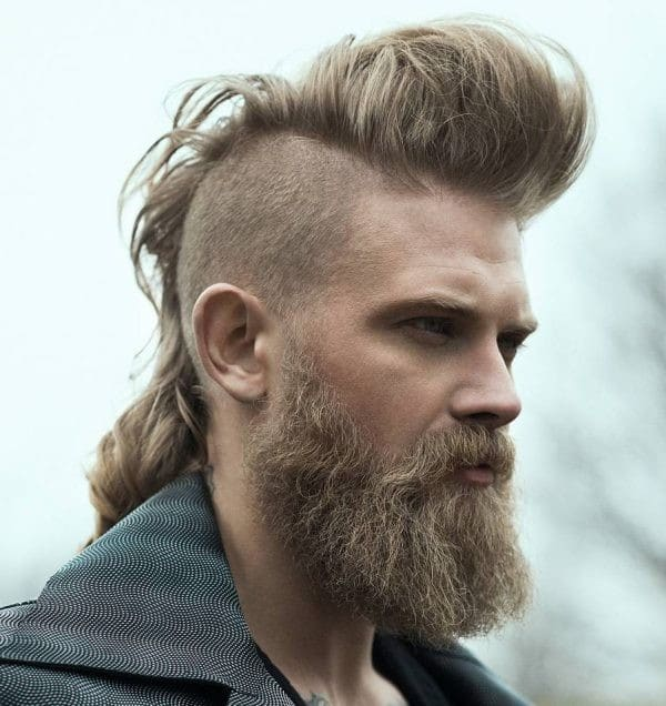 Good Haircuts For Men With Long Hair