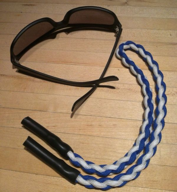 paracord sunglasses strap
